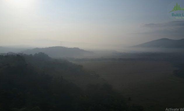 bukit uhud islamic village